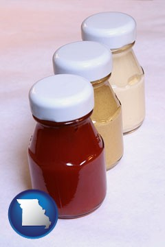 ketchup, mustard, and mayonnaise condiments - with Missouri icon