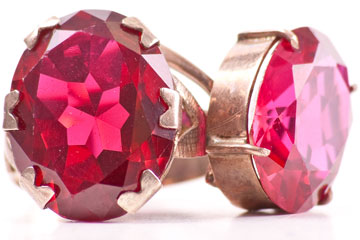 a costume jewelry ring