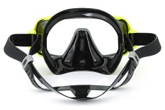 a face mask for scuba diving or snorkeling