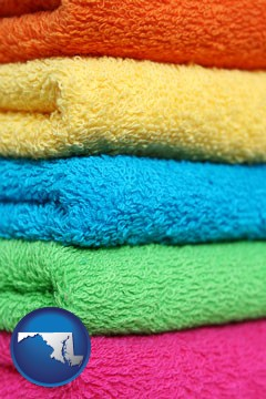 colorful bath towels - with Maryland icon