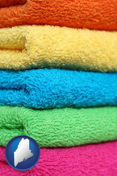 colorful bath towels - with Maine icon