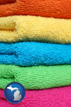 colorful bath towels - with Michigan icon