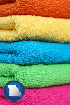 colorful bath towels - with Missouri icon